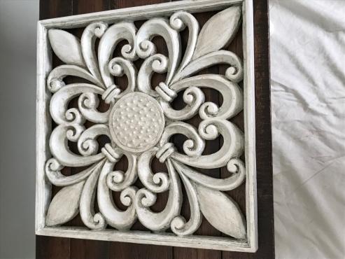 white painted and antique glazed fleur de lis wall art